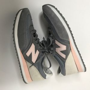 New Balance Womans Pink Gray Athletic 620 Shoe